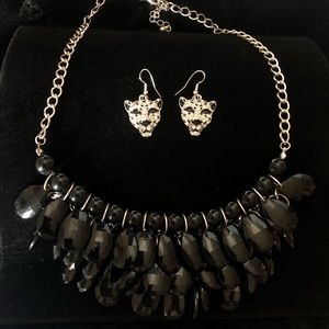 Jewelry - Tiger Queen Necklace & Earring Set